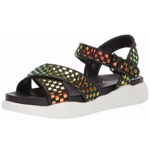 NEW Katy Perry Pilly Strappy Womens Flat Sandals